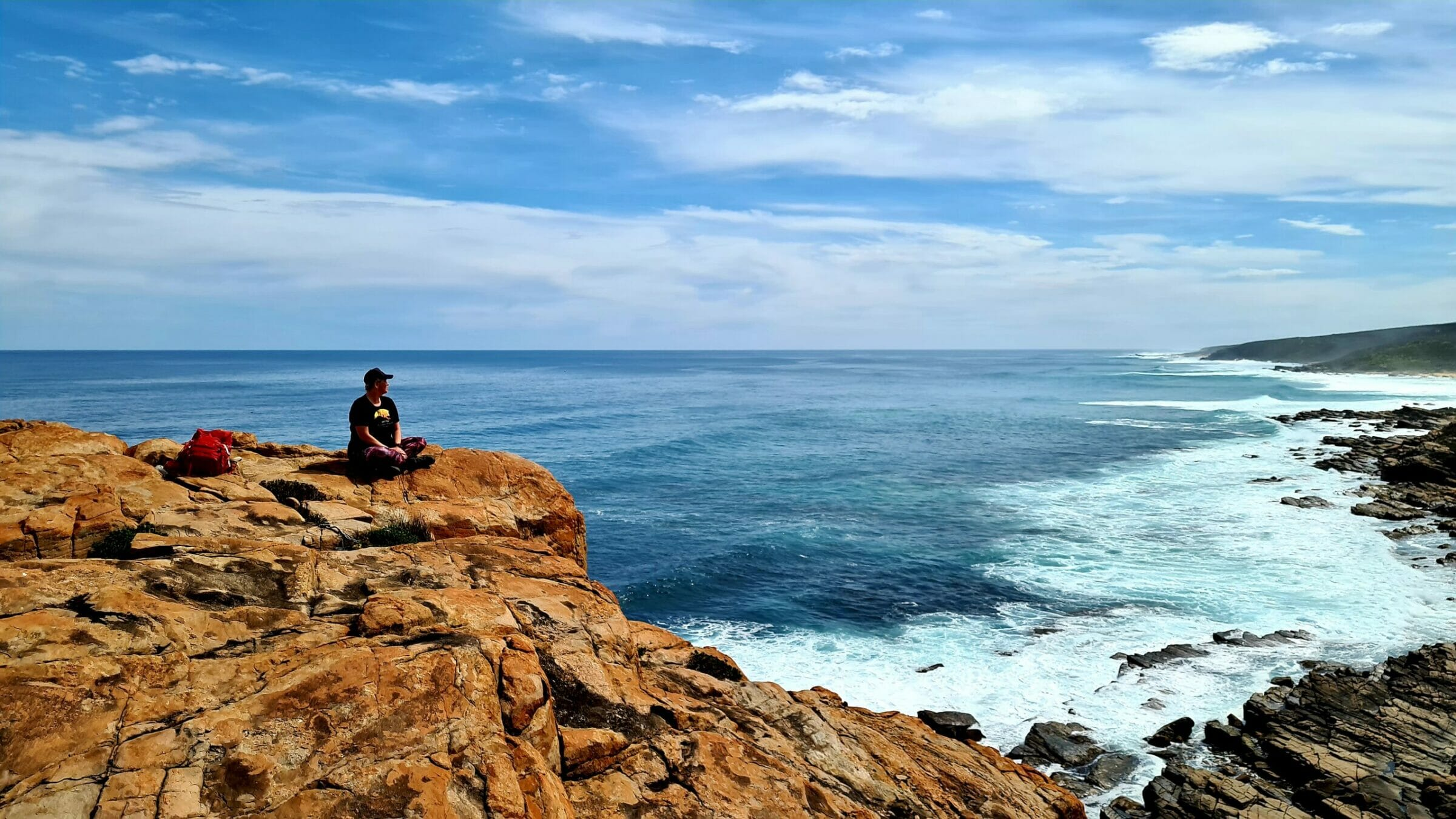 Capes, Cliffs & Culinary Delights – A Gourmet Hiking Experience